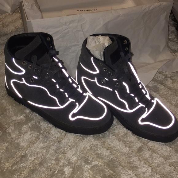 288497796c41 Balenciaga grey sneakers in box